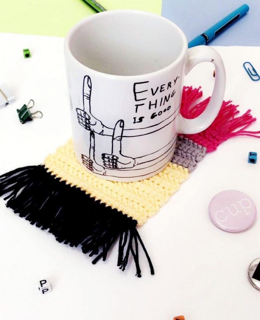 crochet mug rug