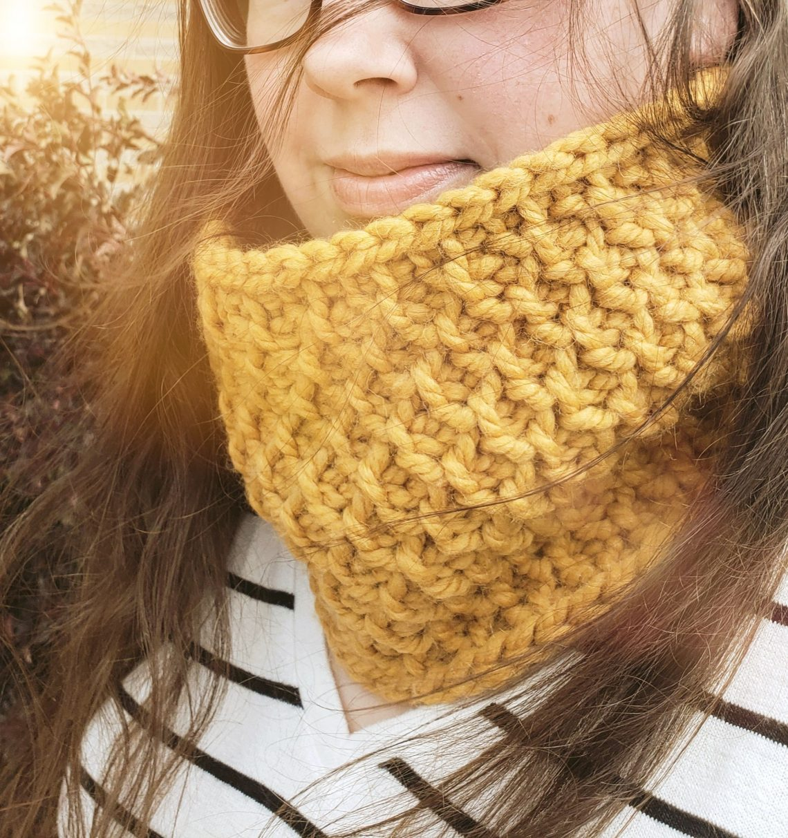 Honeycomb Cowl by One Little Hook